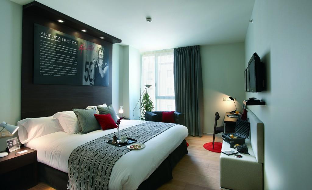 Los clientes del astoria 7 tendr n la llave de la - Decoracion habitaciones de hotel ...