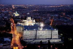 Catedral de la Almaduna y Palacio Real. ©Madrid Destino. Agustín Martínez