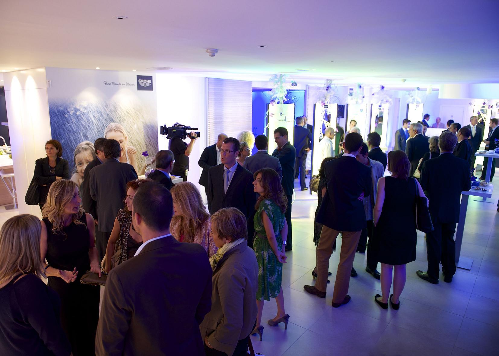 El grohe live center de barcelona abre oficialmente sus for Showroom grohe barcelona