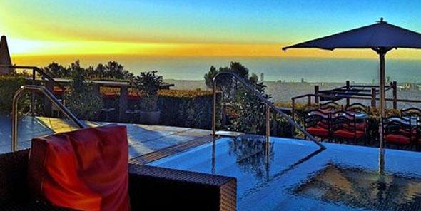 el hotel la florida de barcelona estrena bar en su terraza. Black Bedroom Furniture Sets. Home Design Ideas