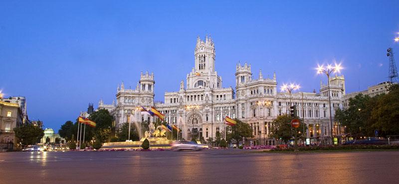 Espa a abre las puertas al turismo ruso revista gran for Agencia turismo madrid