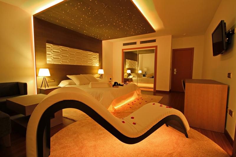 Margarita bonita instala su primera suite en castilla la for Hotel spa nueva castilla