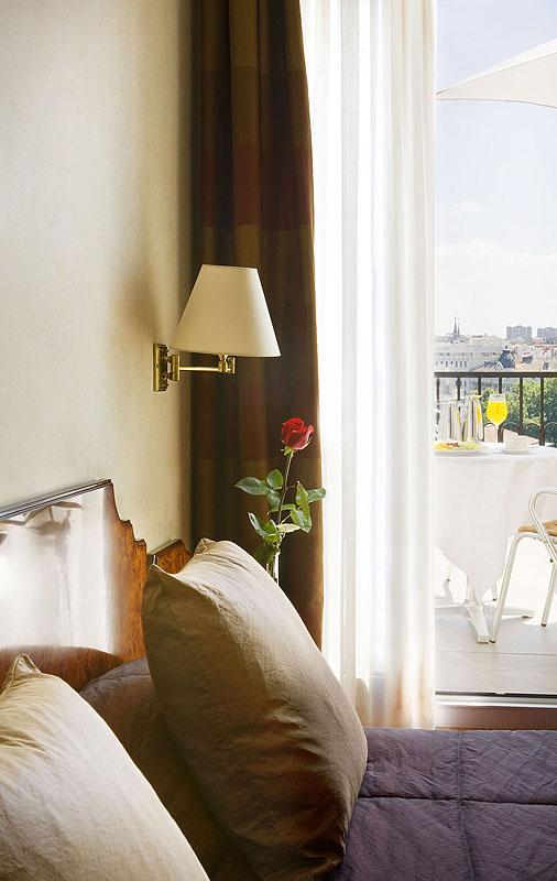 Las pernoctaciones aumentan un 8 6 en noviembre respecto for Derby hotels collection
