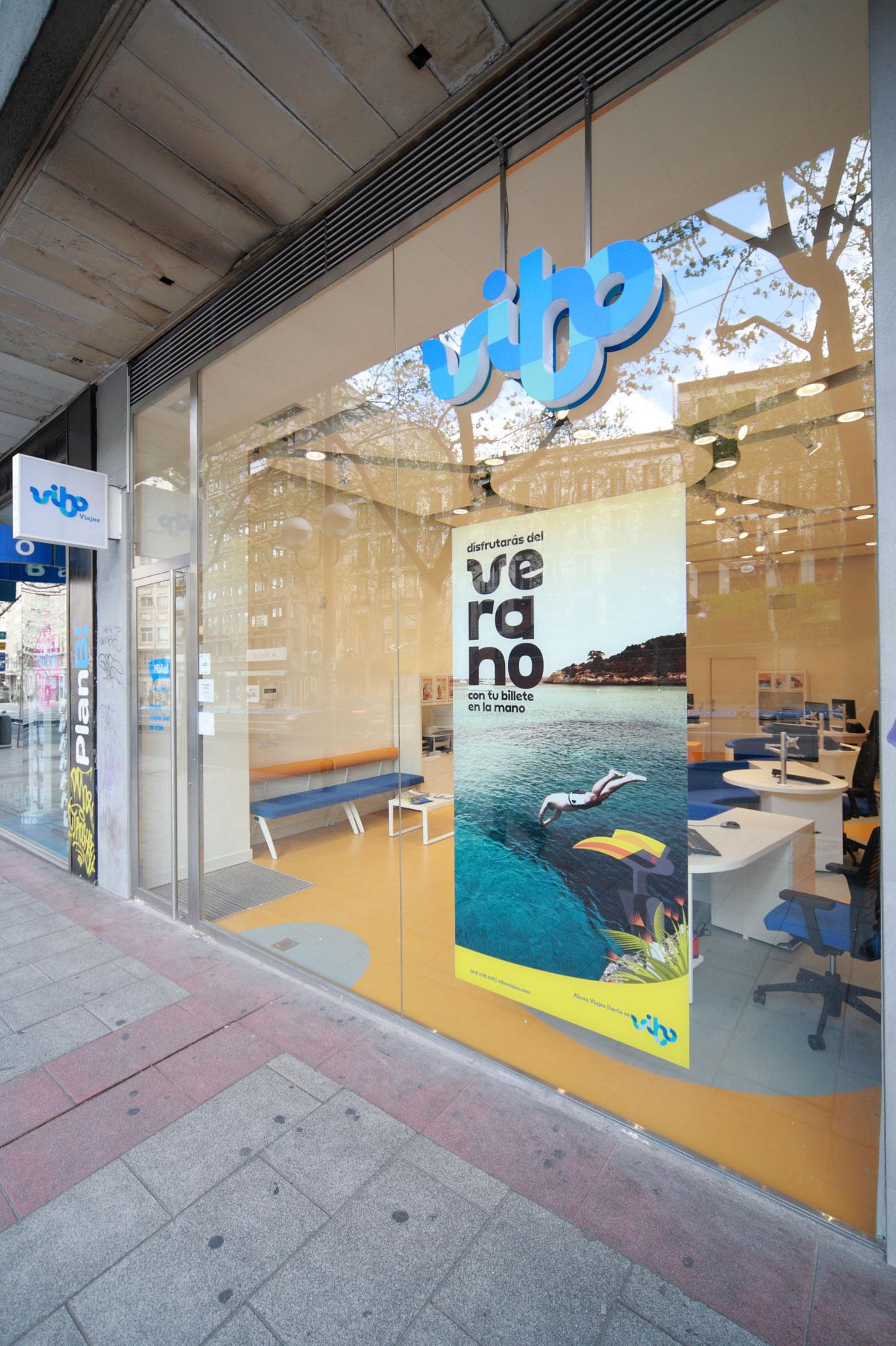 Barcel viajes crecer en 157 agencias y adquiere la for Oficina barcelo viajes